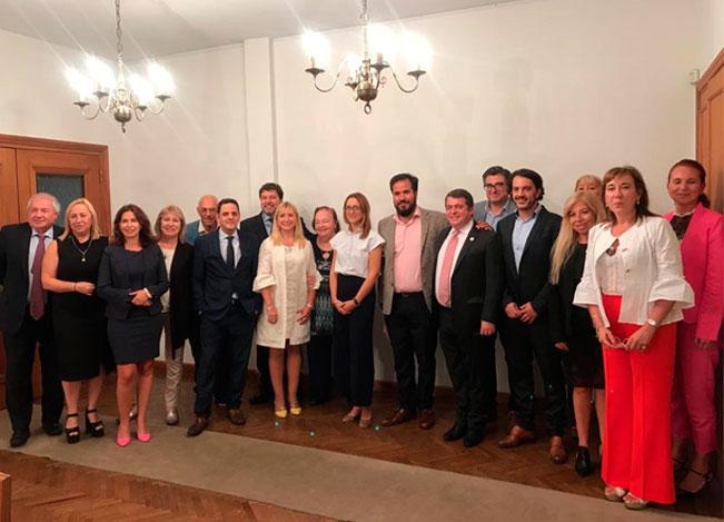 Reunión en La Plata